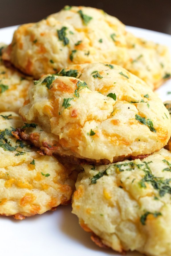 Copycat Red Lobster Cheddar Bay Biscuits Recipe | Recipes
