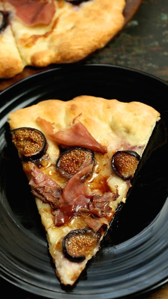 Homemade Fig & Prosciutto Pizza