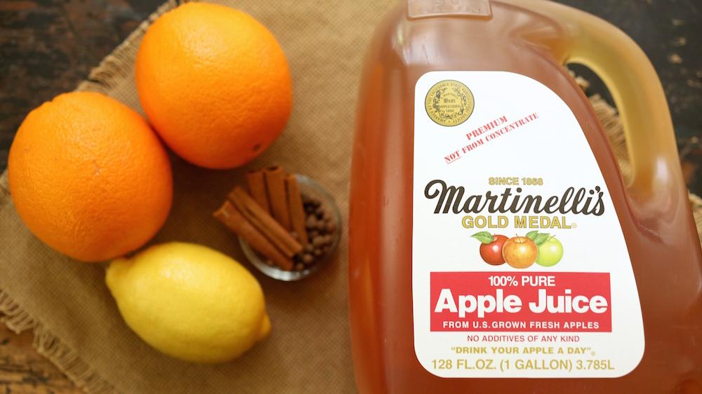 Easy Crock Pot Apple Cider Ingredients