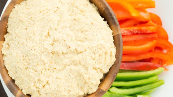 Roasted Garlic & Cauliflower Hummus