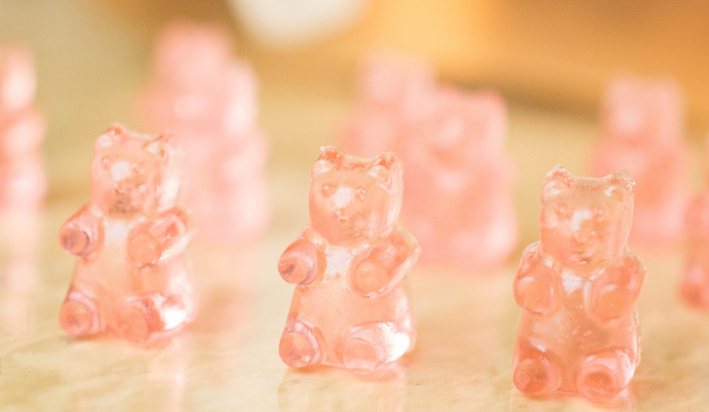 Wine Gummy Bears Recipe (Red, White, & Rosé) | Wine Gummy Bears