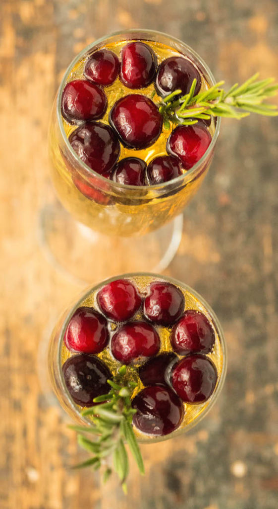 Thanksgiving Mimosa: White Grape, Cranberry. & Thyme