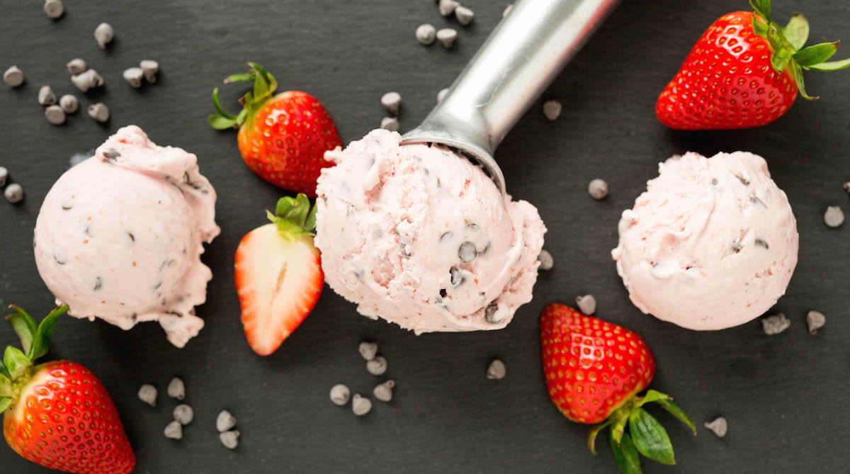 Recipe for homemade Strawberry Chocolate Chip Gelato
