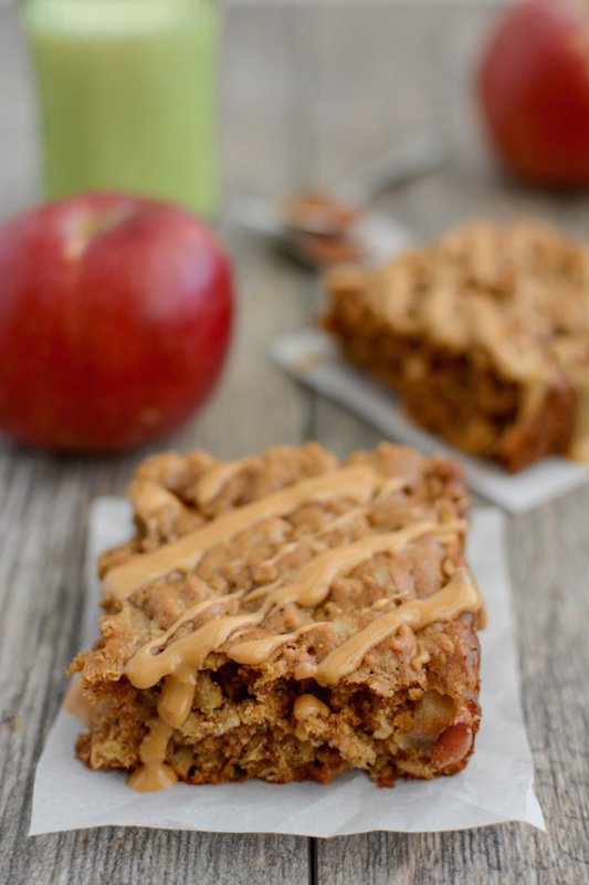 Apple Cinnamon Breakfast Bars - Fall Breakfast Recipes