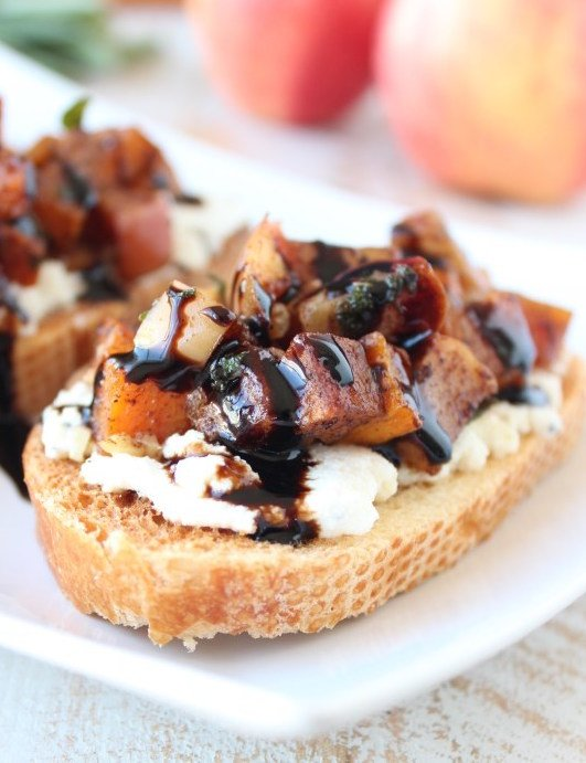 Apple Butternut Squash Bruschetta - Fall Appetizers
