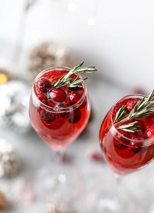 Christmas Morning Mimosas - Best Christmas Breakfast Recipes