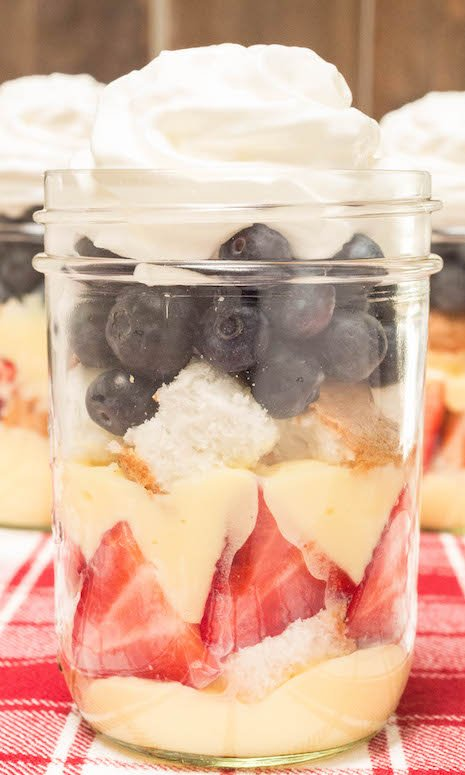 July 4th Angel Food Cake Recipe in Mason Jars