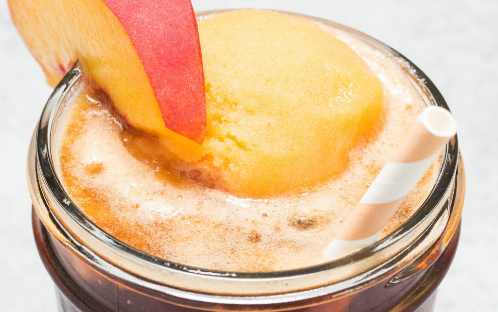 Peach Tea Float Recipe - Sweet Tea with Peach Sorbet Ice Cream