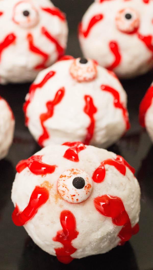 Halloween Donut Hole Eyeballs